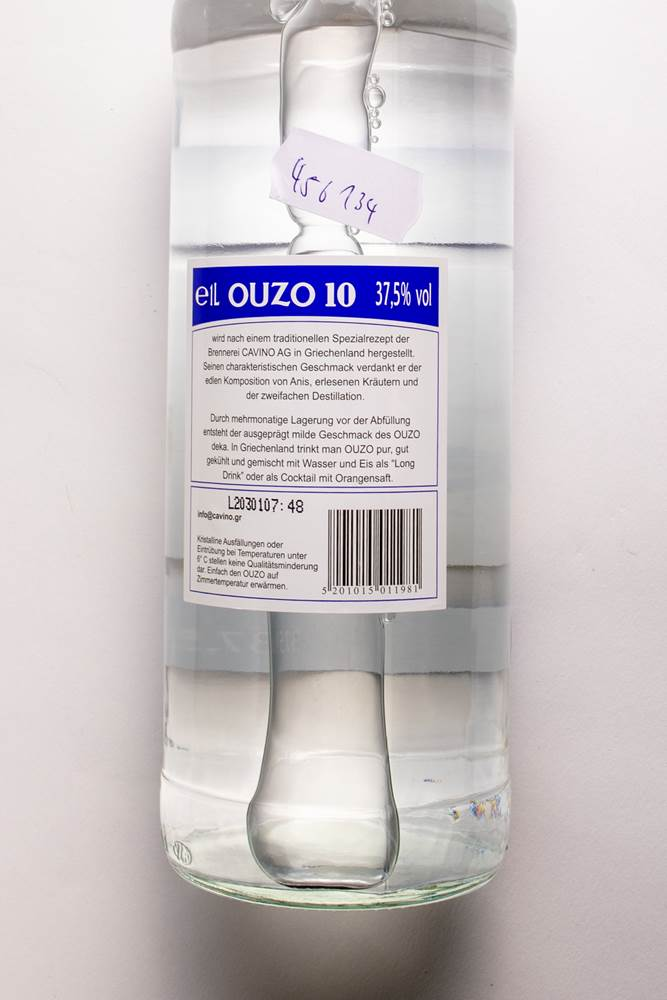 Buy Ouzo Deka 10 37,5% in Berlin with delivery